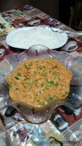 Acompanha um arroz branco...